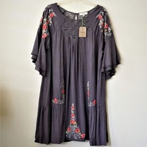 NWT Umgee Floral Embroidered Off Shoulder Tunic